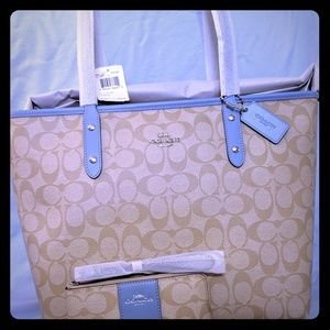 Coach NWT City Zip Tote and Wristlet Bundle
